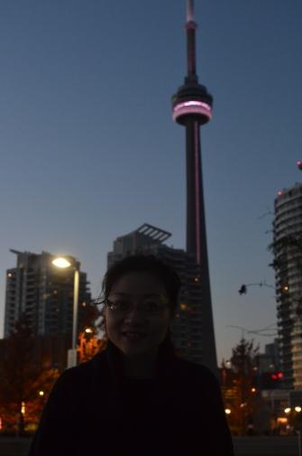 CN Tower at 5pm