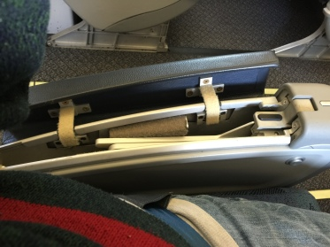 Stowed tray table