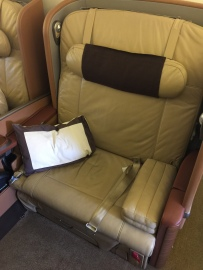 "35"" wide seat - it can easily accommodate 2 person"