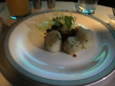 Appetiser - Scallop and Caviar (pardon the blur picture)