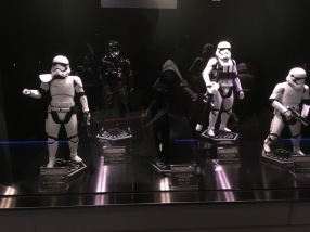 Star Wars figurines along the corridor