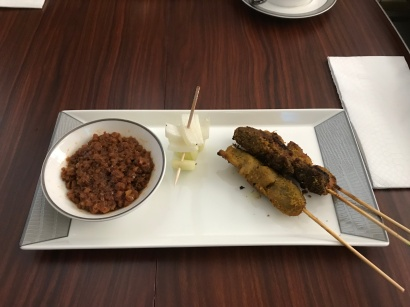 Satay with the hyper thick satay paste (not sauce)