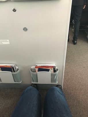 Leg space for the bassinet seats