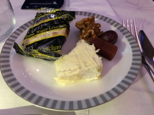 meal 2 cheese & praline