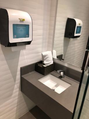 Panama Lounge toilet 2